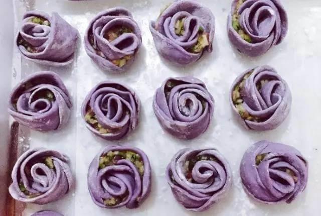紫色玫瑰花饺子